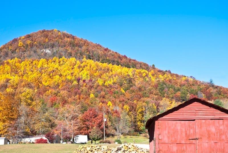 colore giallo della banda della montagna immagini stock libere da diritti