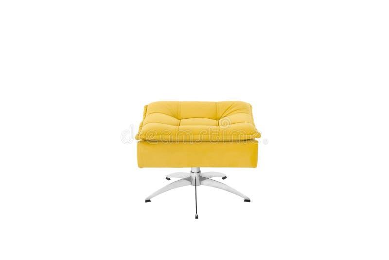 Colore Sofa Armchair giallo isolato su fondo bianco immagini stock