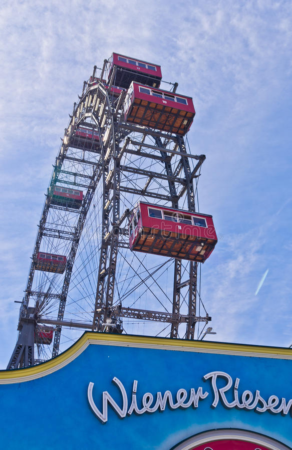 Download Viennese Giant Wheel In Prater Amusement Park At V Stock Image - Image: 40549207