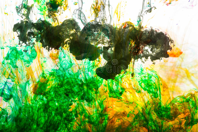 Colores de acrílico y tinta en agua fotografía de archivo