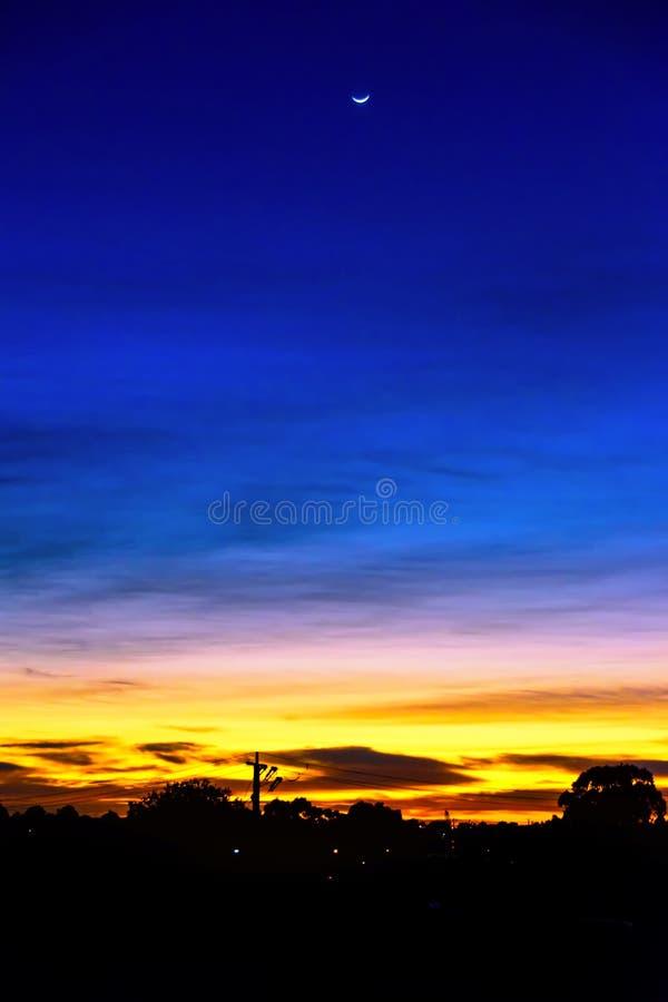 Colores hermosos del amanecer fotos de archivo