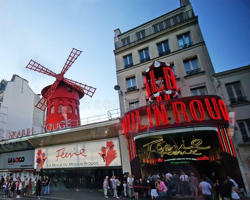 Colorete de Moulin en París foto de archivo
