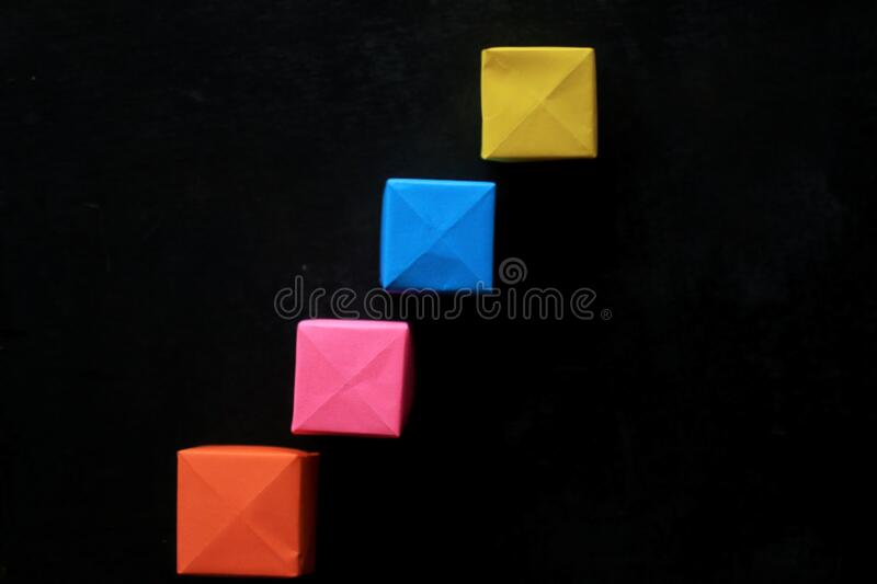 How to make a magic paper cube box | magic box origami | gift box ... | 533x800