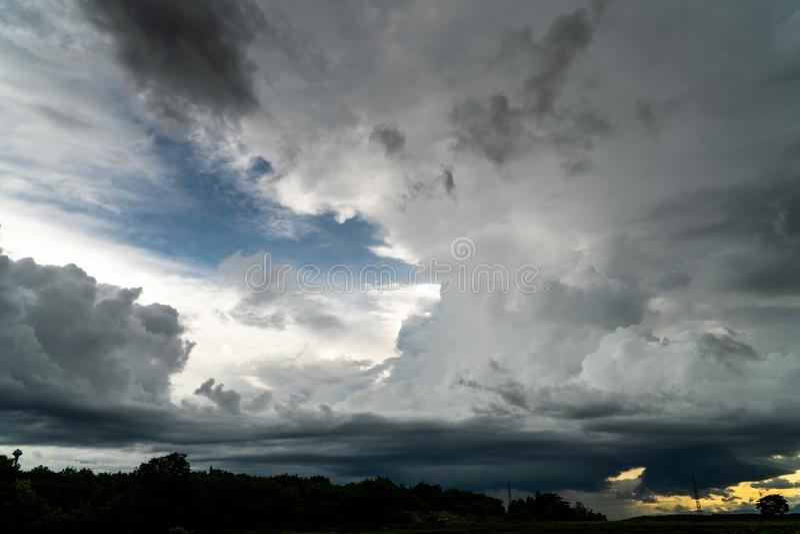 Colorful dramatic sky with cloud at sunset. Background beauty cloudscape dusk heaven horizontal idyllic landscape light majestic nobody orange outdoors over royalty free stock photo