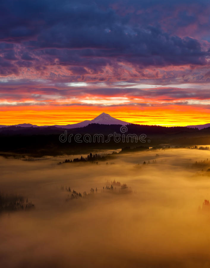 Colorful Foggy Sunrise over Sandy River Valley in Oregon royalty free stock images