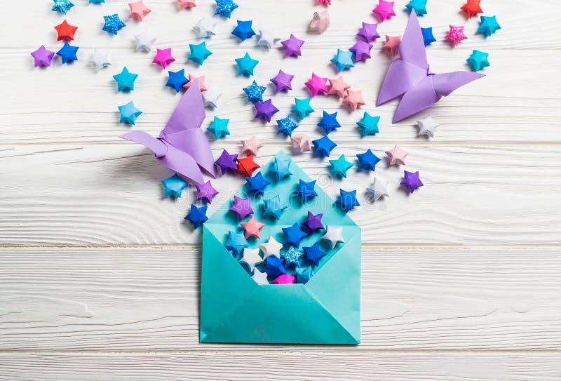 Origami Lucky Stars Tutorial - Easy & Fun! - Paper Kawaii   542x800