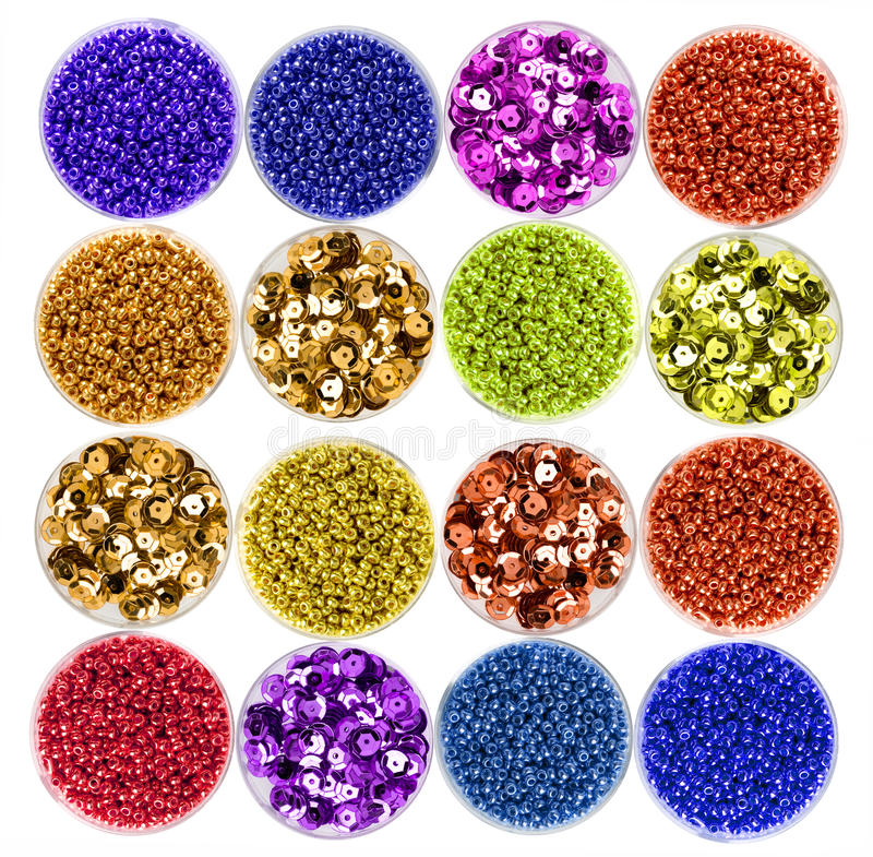 Free Colorful Pearls Royalty Free Stock Photos - 12474348