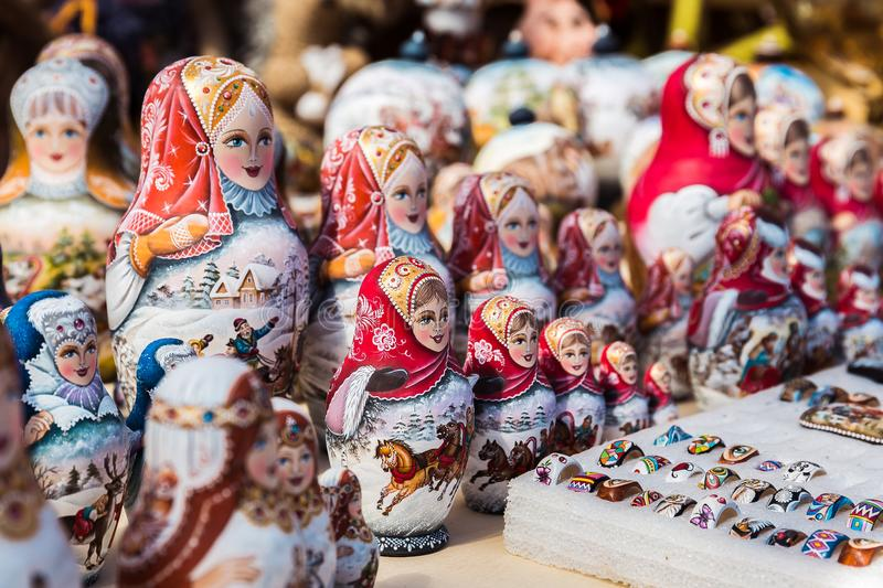 Colorful Russian nesting dolls at the market in Moscow stock photography