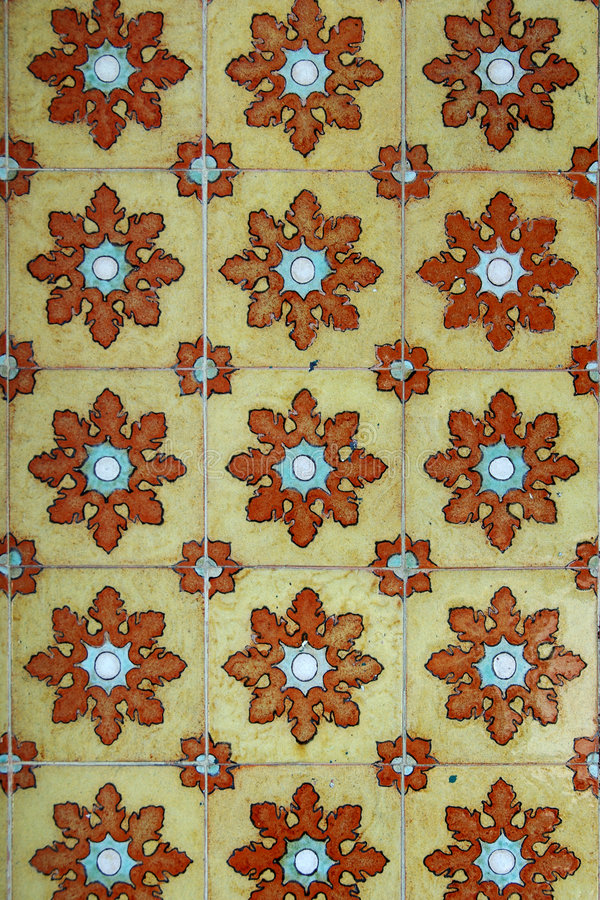 Free Colorful Tiles On Wall Royalty Free Stock Image - 2651986