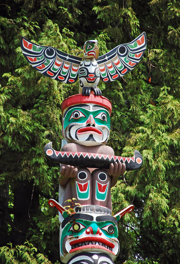 Download Colorful totem pole stock photo. Image of tribal, monument - 20038426