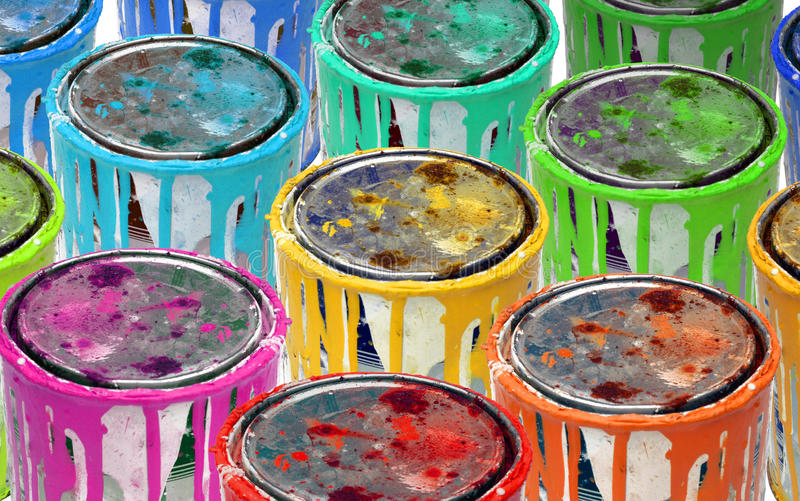 colorfull金属油漆罐子 库存照片