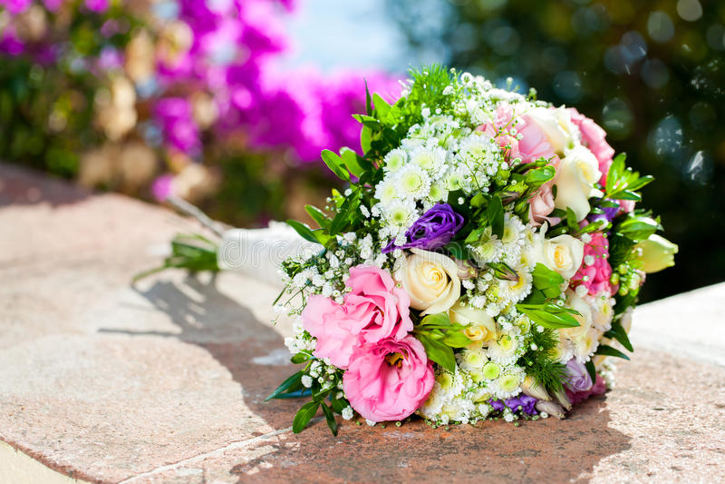 Colorfull-Blumenblumenstrauß. stockfotos