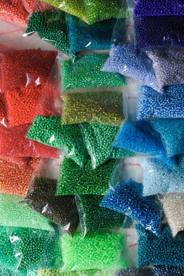 Colorfull glass pärlor arkivbilder