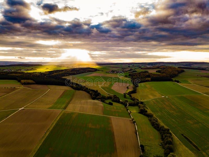 Colori di tramonto della Germania della natura del fuco fotografie stock
