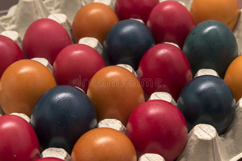 Colori e tradizione, uova di Pasqua immagine stock libera da diritti