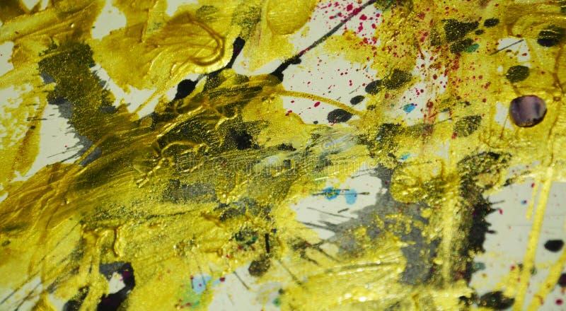 Colori scuri dell'acquerello della pittura dell'oro astratto della cera, colpi della spazzola, fondo ipnotico organico immagini stock