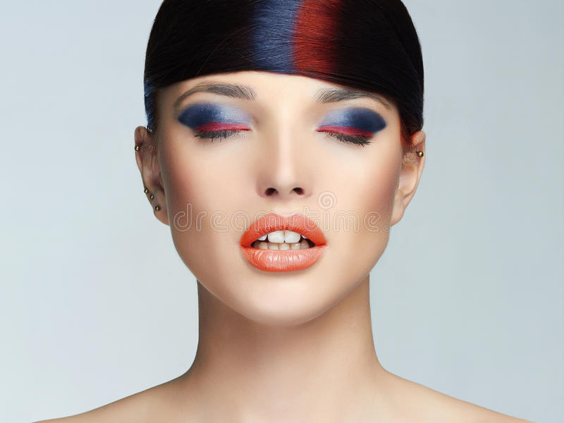 Colorido compõe a cara da mulher fotografia de stock royalty free