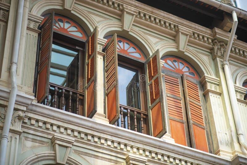 Colorido da janela e do fundo da textura da porta imagens de stock