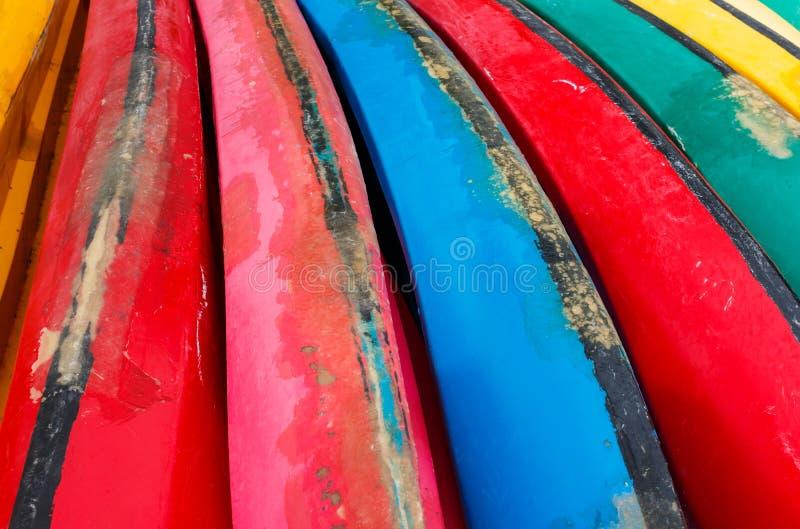 Colorido de la canoa, fondo imagen de archivo libre de regalías