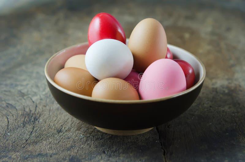 Colorido dos ovos imagens de stock