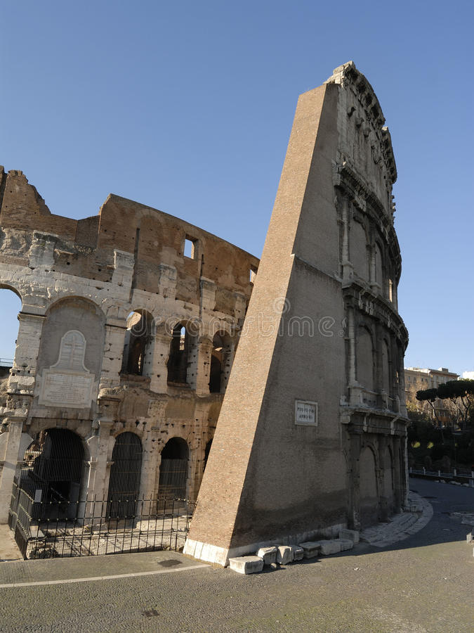 Download Colosseo Stock Image - Image: 21998341
