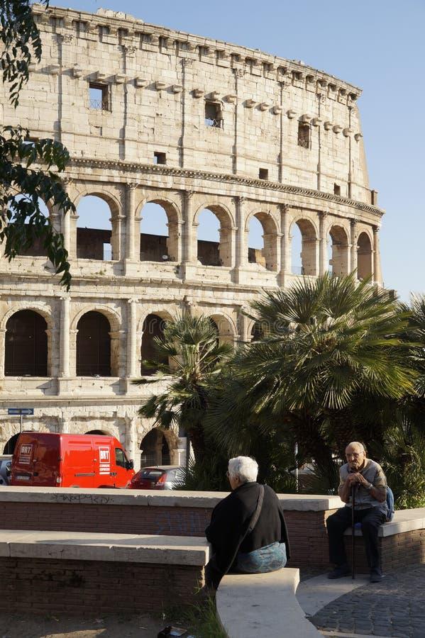 Download Colosseo redactionele stock afbeelding. Afbeelding bestaande uit arena - 54077869