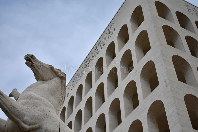 Colosseo quadrato,罗马EUR 库存照片