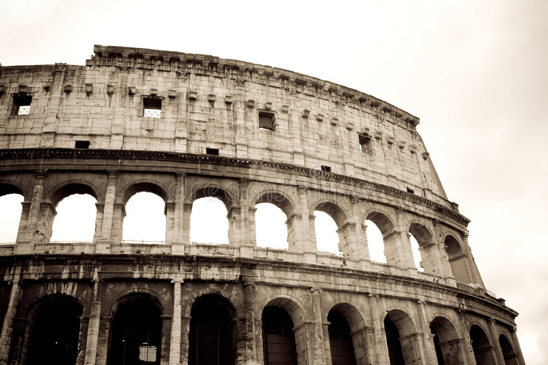 Download Colosseo, Roma immagine stock. Immagine di coliseum, europa - 8230485