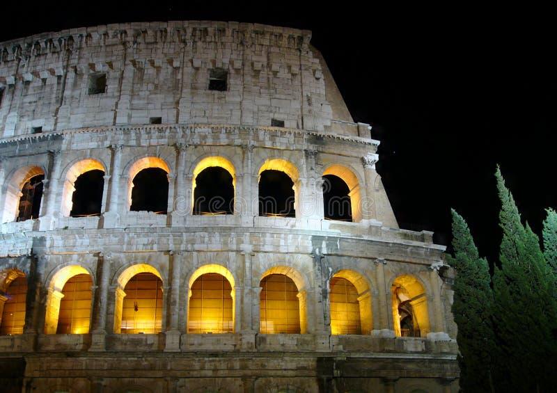 colosseonatt roma royaltyfri foto