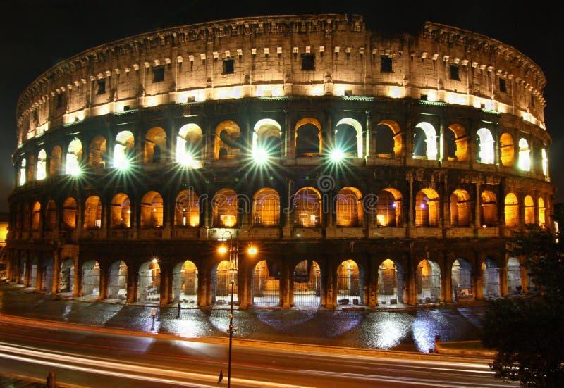 colosseonatt rome royaltyfria bilder