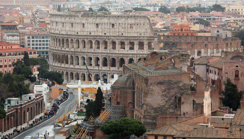 colosseum和通过在罗马从上面看见的dei皇家论坛Ital 库存图片