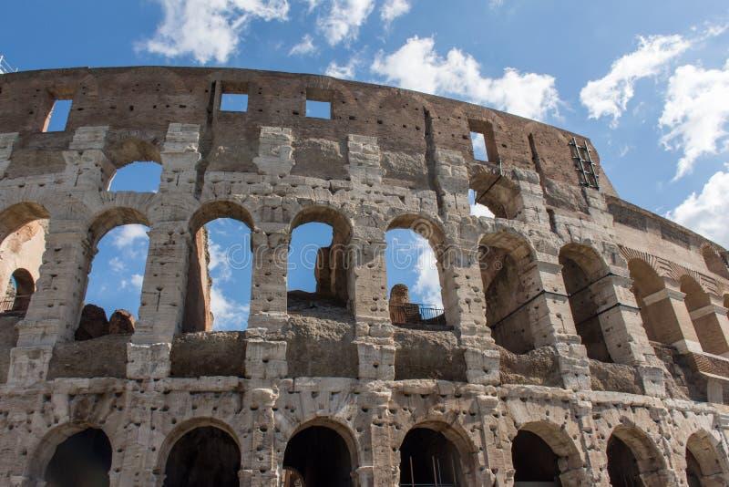 Colosseum的视图在罗马 免版税库存照片