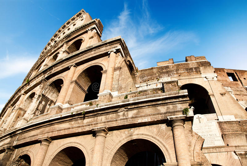 Colosseum έξω στοκ εικόνες