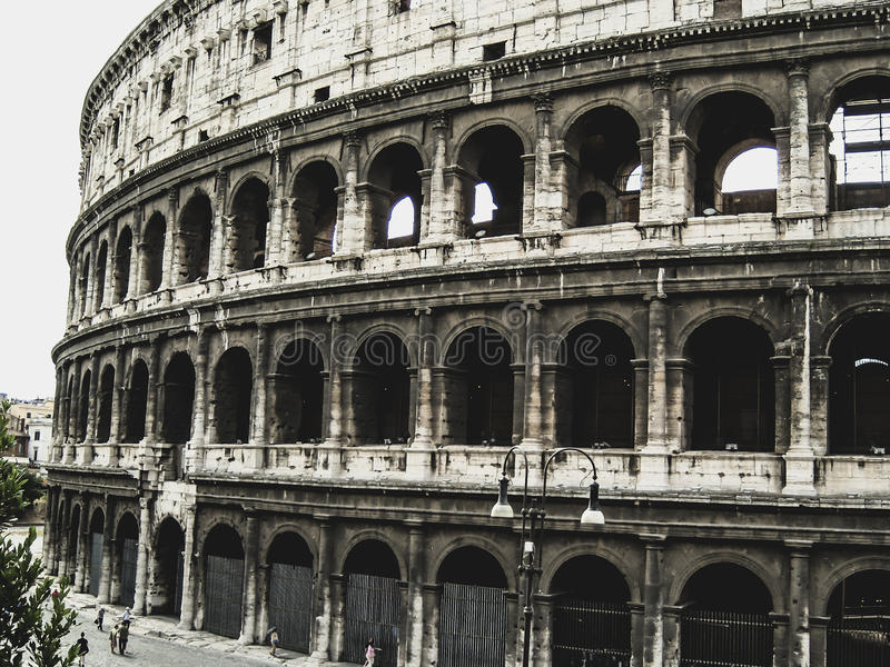 Download Colosseum photo stock. Image du amphitheatre, architecture - 45368646