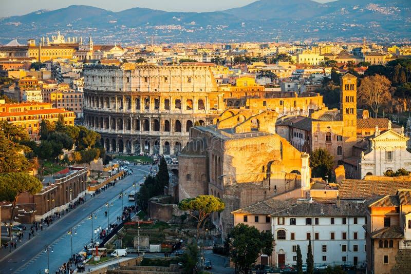 Colosseum bij zonsondergang royalty-vrije stock foto