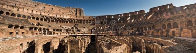 Colosseum en Roma, Italia, foto del panorama foto de archivo libre de regalías