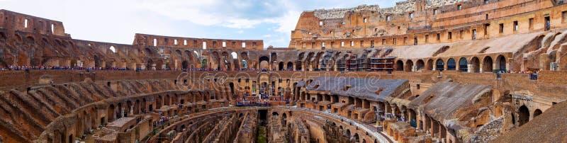Colosseum en Rome royalty-vrije stock afbeeldingen