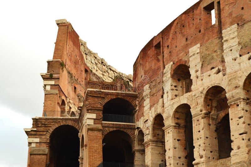 Colosseum i Rome, Italien, Europa Rome är en forntida arena av den gladiator- striden Roman Colosseum är den mest berömda gränsmä arkivbild