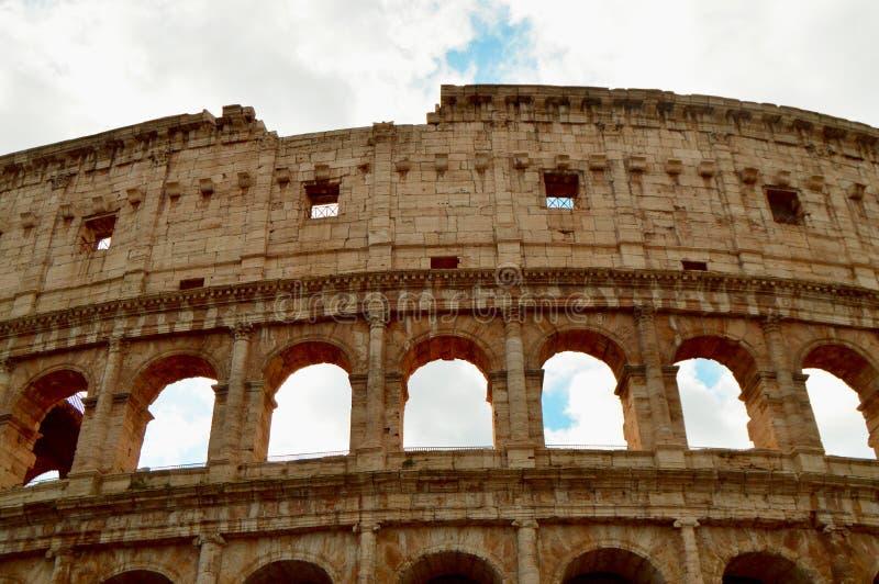 Colosseum i Rome, Italien, Europa Rome är en forntida arena av den gladiator- striden Roman Colosseum är den mest berömda gränsmä royaltyfria bilder