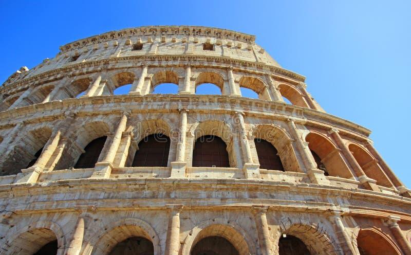 Download Colosseum-Kolosseum in Rom stockbild. Bild von grenzstein - 96933695