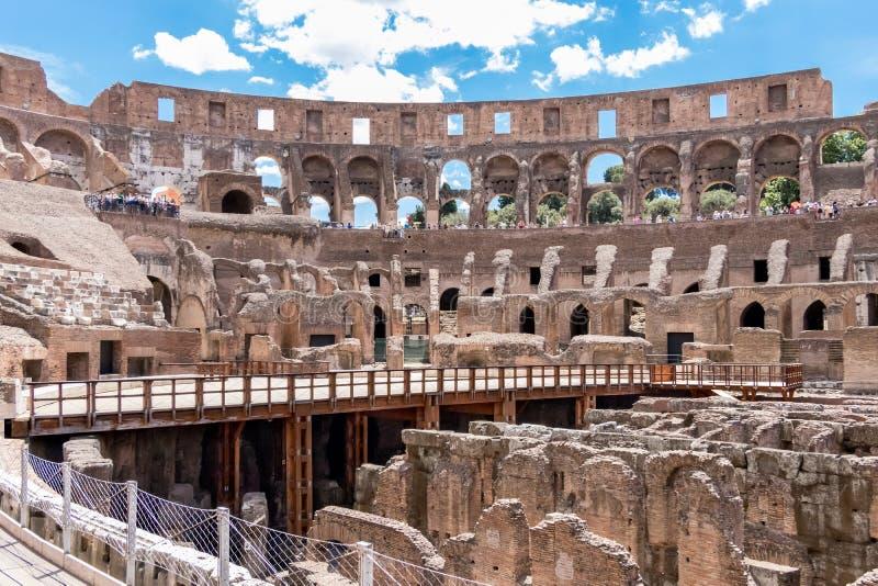Colosseum lub Flavian Amphitheatre z wewnątrz zdjęcie stock