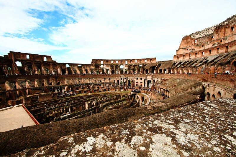 Colosseum o coloseum en Roma Italia imagenes de archivo