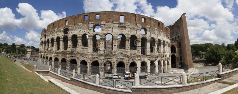 Colosseum, panorama fotografía de archivo libre de regalías