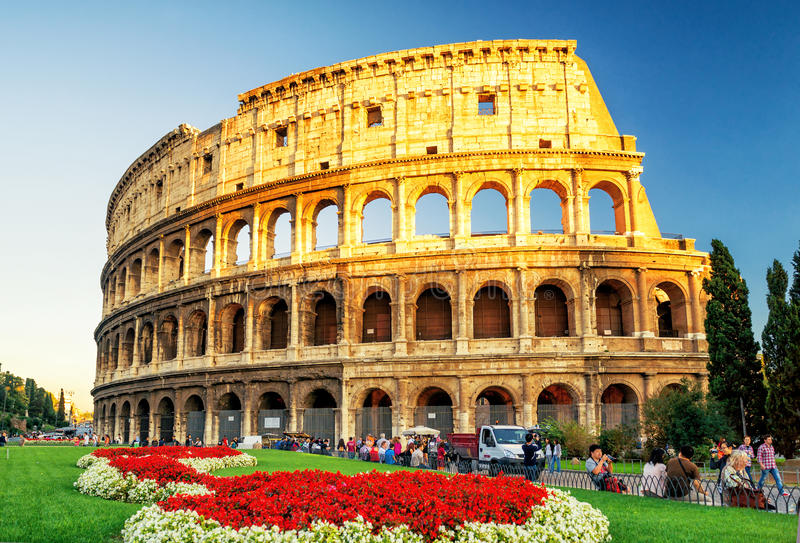 Colosseum przy zmierzchem w Rzym (kolosseum) obrazy royalty free