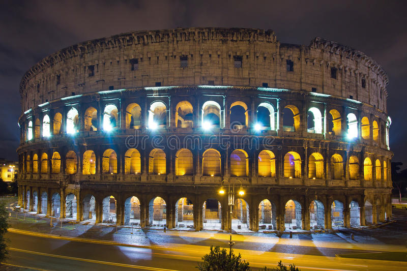 Download Colosseum, Roma immagine stock. Immagine di illuminato - 30830969