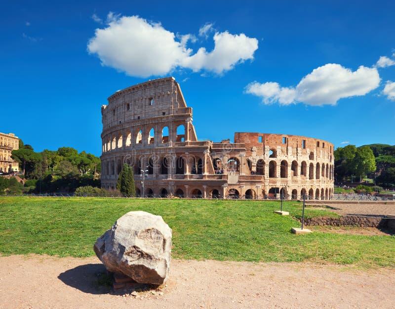 Colosseum in Rome, Italië, op een heldere dag royalty-vrije stock foto's