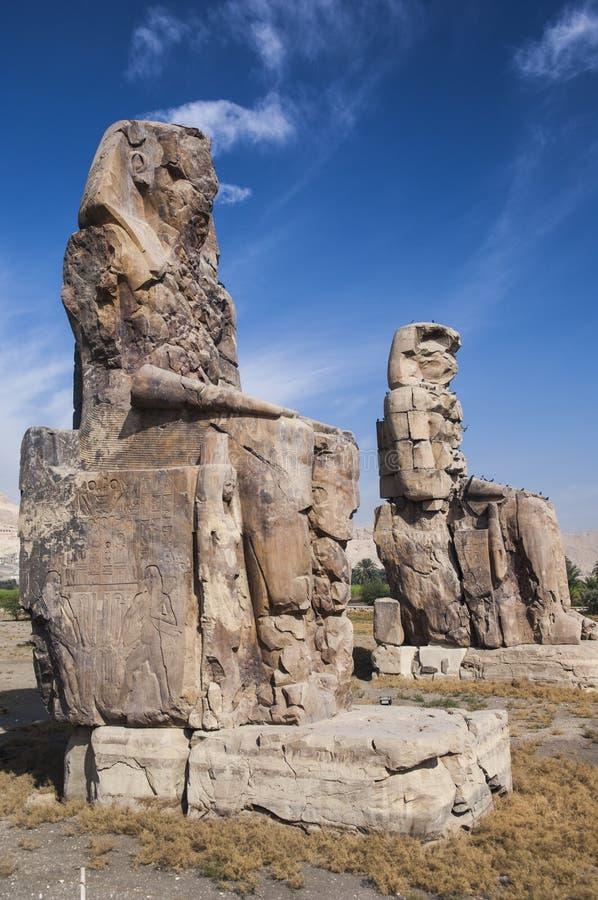 Colossi de Memnon em Luxor imagens de stock royalty free