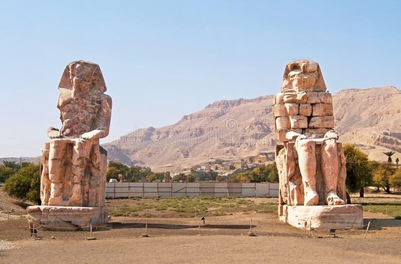 Colossi de Memnon em Luxor, Egipto fotografia de stock royalty free