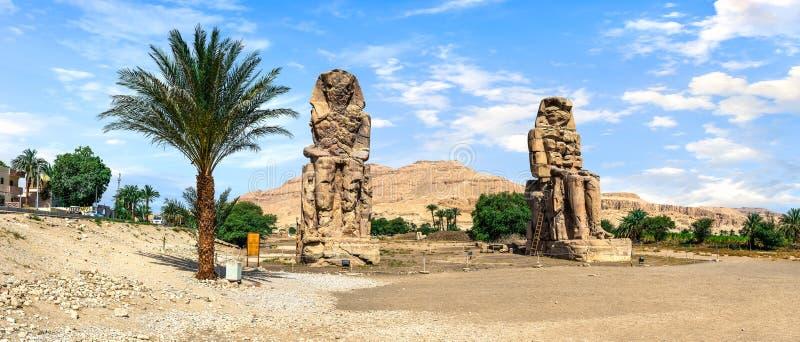 Colossi de Memnon em Luxor imagem de stock