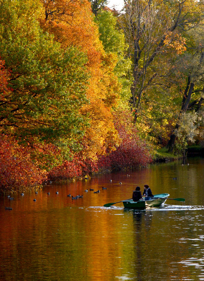 Free Colourful Autumn Stock Images - 13757604